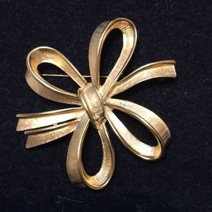 Monet Bow Brooch